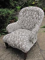 Chair - Victorian Spoon Back Easy Chair - large - front
