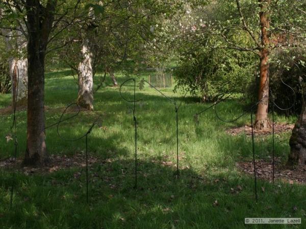 Sculpture-Leaves-(Breeze)-Hillier 2010